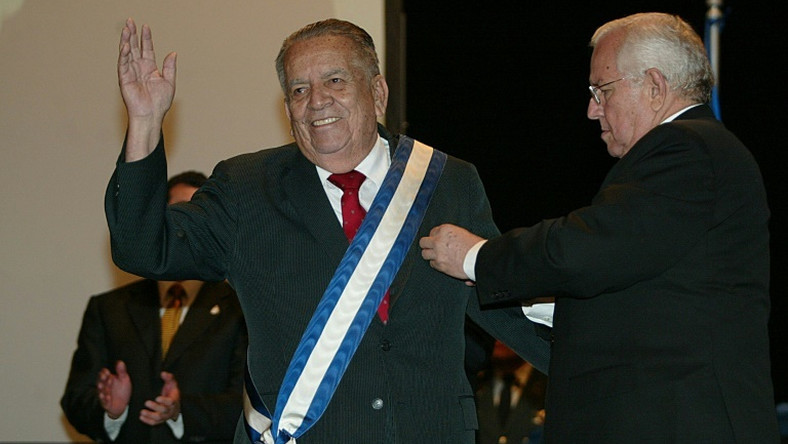 "Roberto Suazo Cordova -- here receiving an award in January 2007 -- was president of Honduras in the 1980s during the height of the US-financed ""Contra"" war against neighboring Nicaragua"