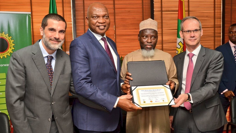 Signing ceremony between NNPC Group, Shell Nigeria, Total & NAOC for Final Investment Decision (FID) on Assa North - Ohaji South Gas Development Project