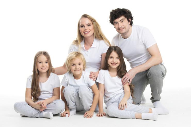 petočlana porodica