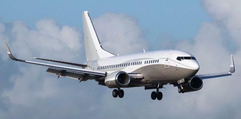 Kolejne problemy z silnikiem Boeinga. Awaryjne lądowanie w Newark