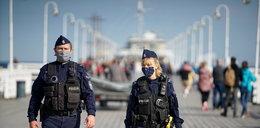 Powszechny nakaz zasłaniania nosa i ust niezgodny z prawem?! Policja ma problem