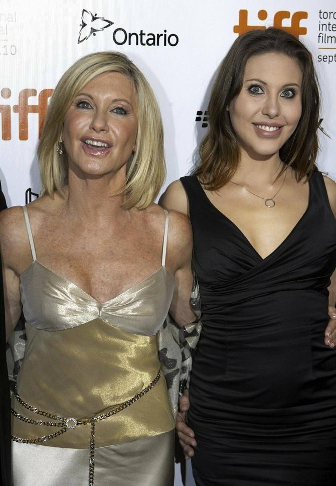 Olivija i Kloi 2010. godine