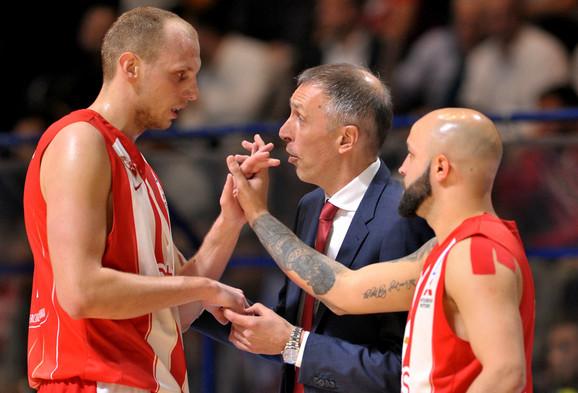 Filip Čović sa Dejanom Davidovcem i Milanom Tomićem