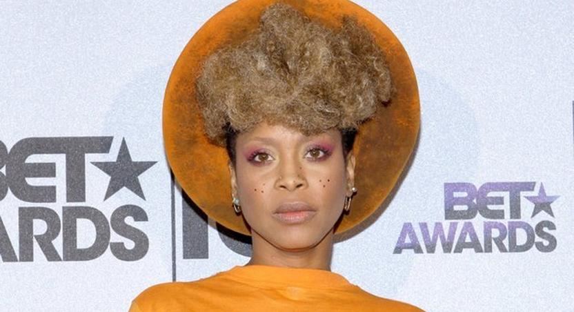 Erykah Badu traces roots to Cameroon, West Africa
