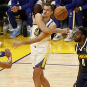 BLEDO VEČE ZA SRBE U NBA Bjelica bez poena iz igre protiv bivšeg kluba, Pokuševskom šansa na kašičicu - braća Kari dominirala!