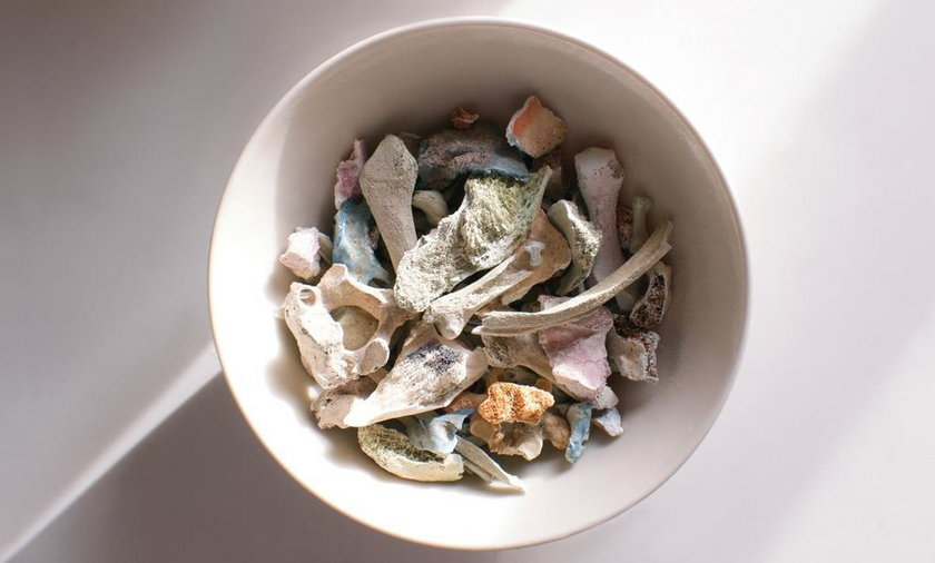 Te naczynia mają przypominać o zmarłych. Nie uwierzysz z czego powstały!