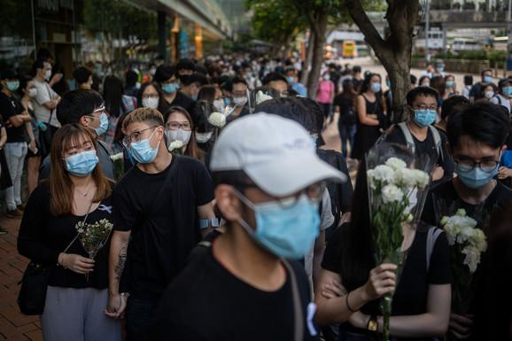 Reli u Hong Kongu 15. juna