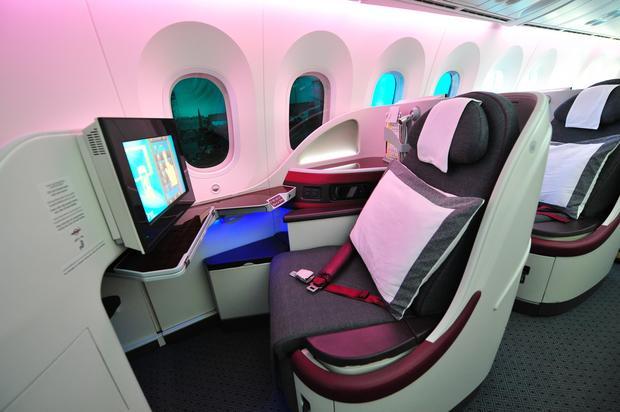 Wnętrze Boeinga 787-8 Dreamliner linii Qatar Airways