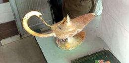 """Kupił """"lampę Alladyna"""" i zdziwiony zgłosił policji, że nie działa"""