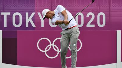Pogoda przerwała olimpijskie zawody golfistów. Słaby występ Polaka