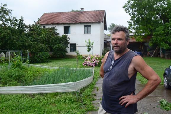 Rade Vuković živi naselju skoro pet decenija