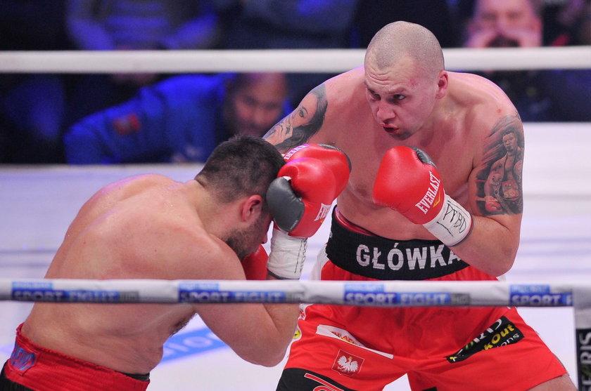 Reprezentant Wielkiej Brytanii na igrzyskach w Rio de Janeiro w sobotę w Londynie zmierzy się z Krzysztofem Głowackim (35 l.), a stawką walki będzie wakujący tytuł czempiona federacji WBO w kategorii cruiser (90,7 kg).