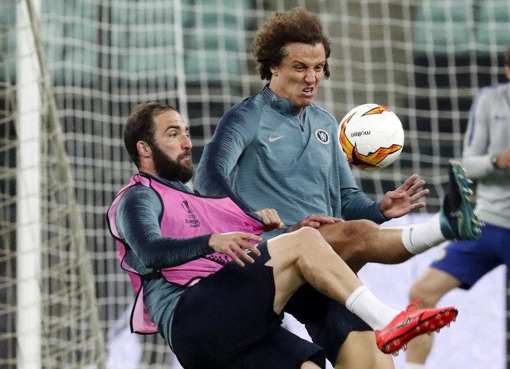 David Luiz, Gonzalo Iguain