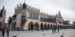 Atak nożownika pod Sukiennicami w Krakowie. Jest wyrok