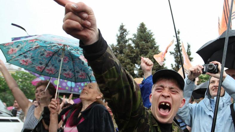 Zasadzka na wschodzie Ukrainy i atak terrorystów. Są zabici i ranni