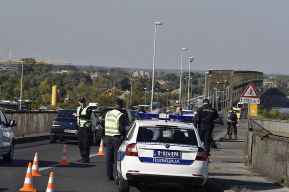 Policija će dežurati sa obe strane mosta