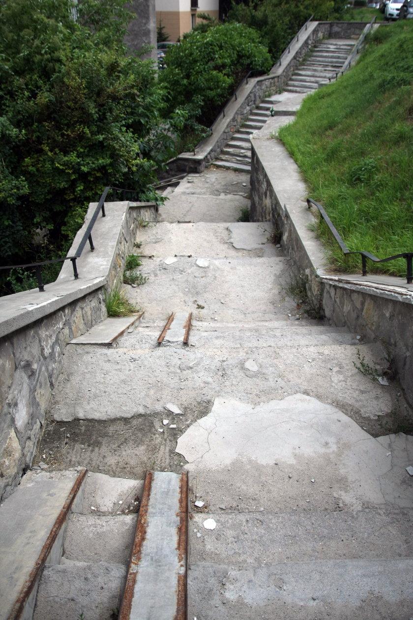 Schody na ul. Zakopiańskiej