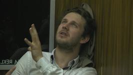 Antek Królikowski mdleje w windzie
