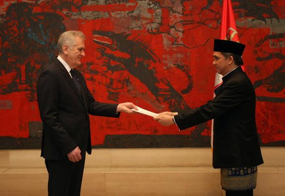 Nikolić s ambasadorom indonezije