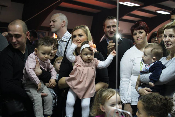 Sreća u Valjevu: Centar za VTO, rođene bebe na jednom od rođendana Centra