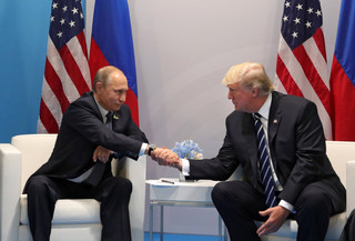 Chłodno na linii Trump-Putin