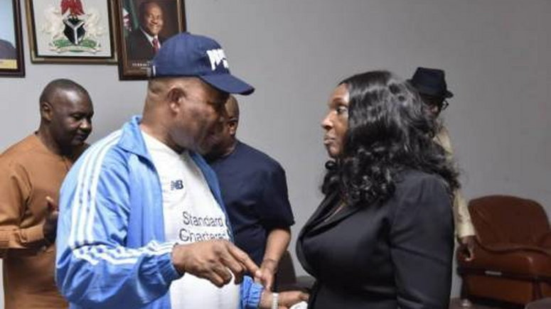 Minister of Niger Delta Affairs, Senator Godsdwill Akpabio threatens to sue Joy Nunueh, the former MD of the NDDC. (SaharaReporters)