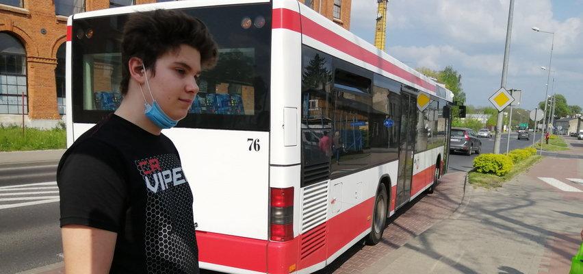 O włos od olbrzymiej tragedii w Piotrkowie Trybunalskim. Bohaterski 14-latek uratował kierowcę autobusu i innych pasażerów