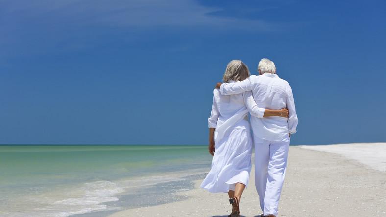Naukowcy dowiedli, że zwykły spacer może korzystnie wpłynąć na jakość i długość życia