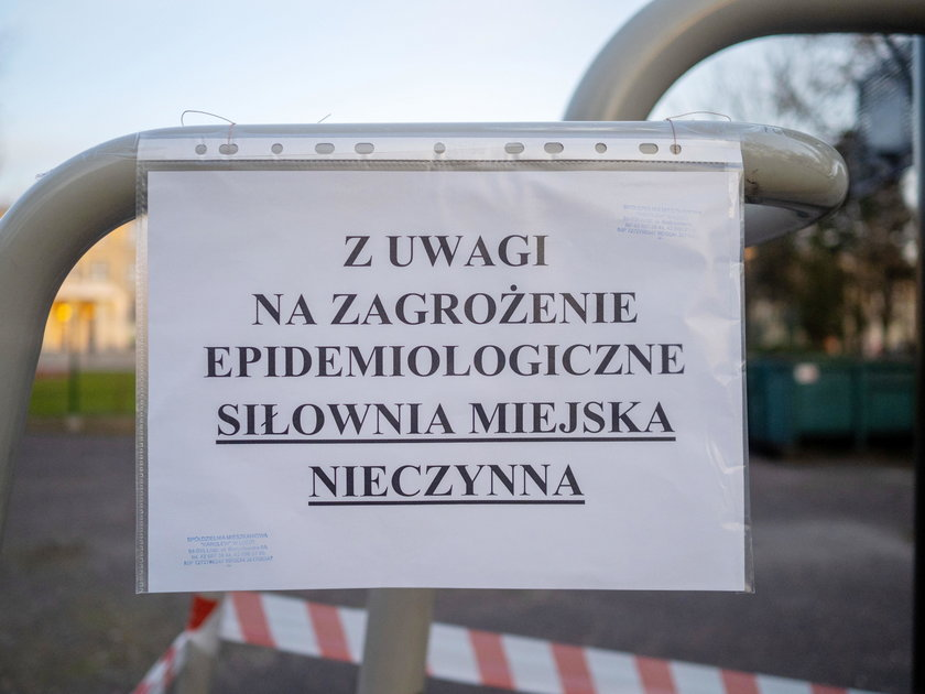 Koronawirus w Łodzi. Na tej siłowni pod chmurką nie poćwiczysz!