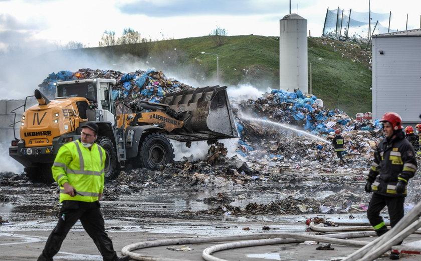 Pożar wysypiska w Gdańsku Szadółkach
