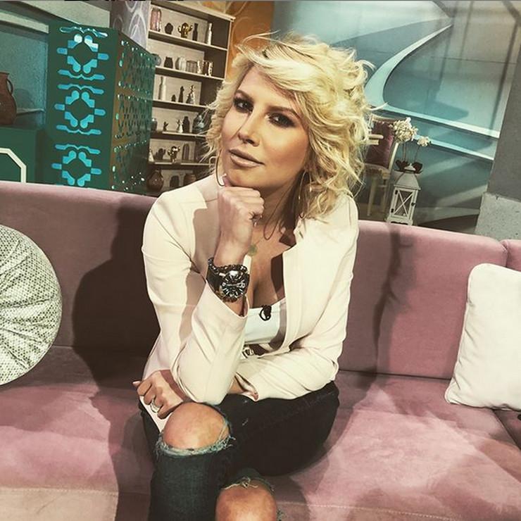 """STIŽE PODRŠKA Kolege Dee Đurđević: """"Svim srcem smo uz tebe"""""""