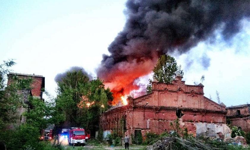 Pożar budynku fabryki Uniontex