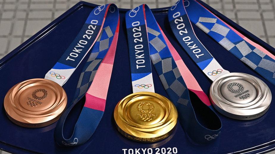 Tak wyglądają medale olimpijskie dla najlepszych sportowców igrzysk olimpijskich w Tokio