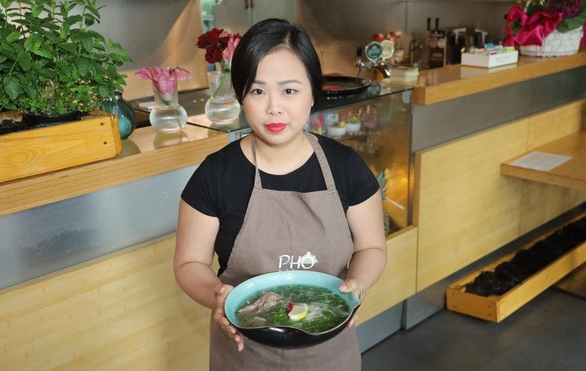 Lilly Tran i zupa Pho