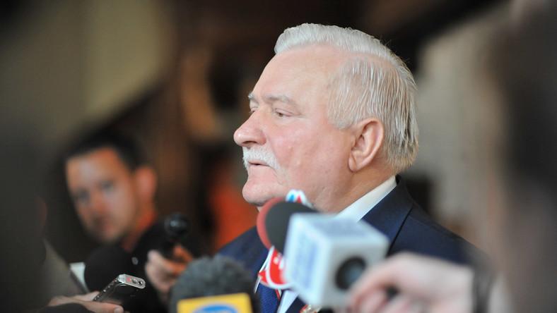 Wałęsa wycofał pozew przeciw Wyszkowskiemu