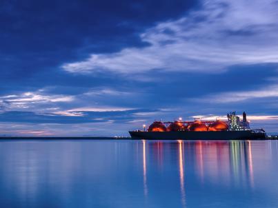 Gazprom rozmawia z Shellem na temat budowy gazoportu LNG na Bałtyku
