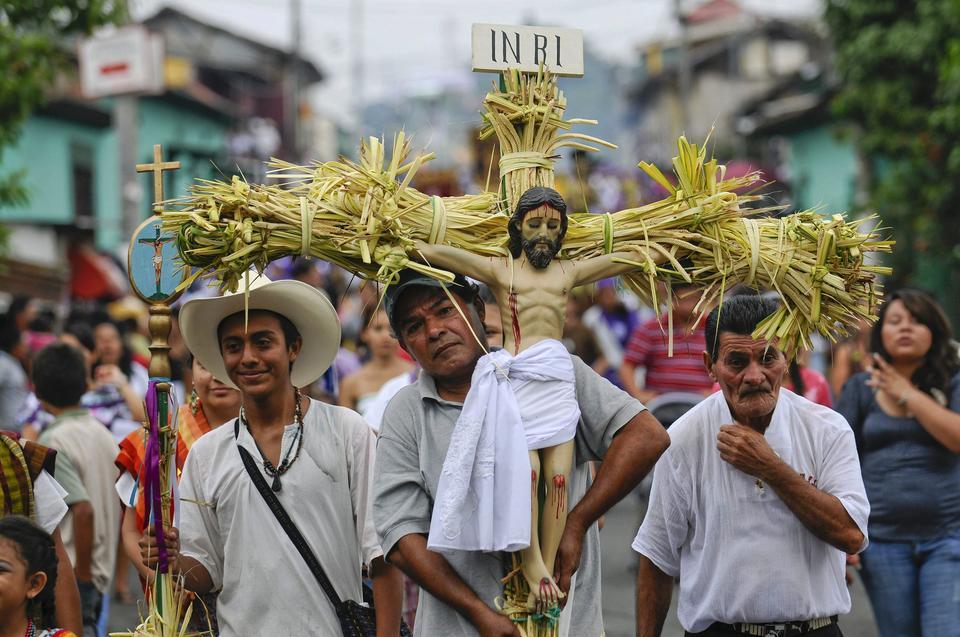 EL SALVADOR HOLY WEEK