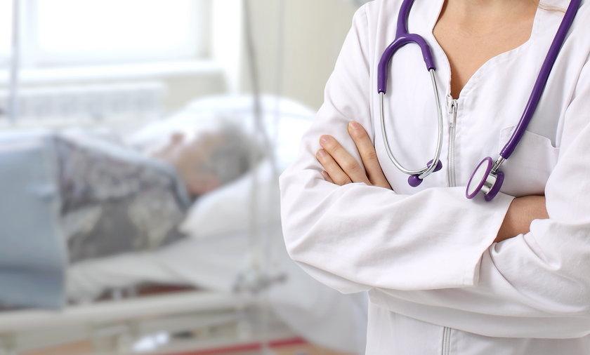 Ile zarabia lekarz w państwowym szpitalu? Padniecie!