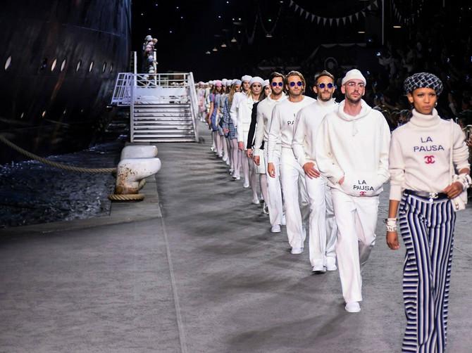 Šanel je ponovo napravio savršen modni SPEKTAKL i predstavio Cruise kolekciju u koju smo se ZALJUBILI istog časa!