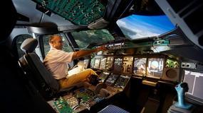 Symulator samolotu pasażerskiego. Jak to jest trzymać wolant boeinga 737?