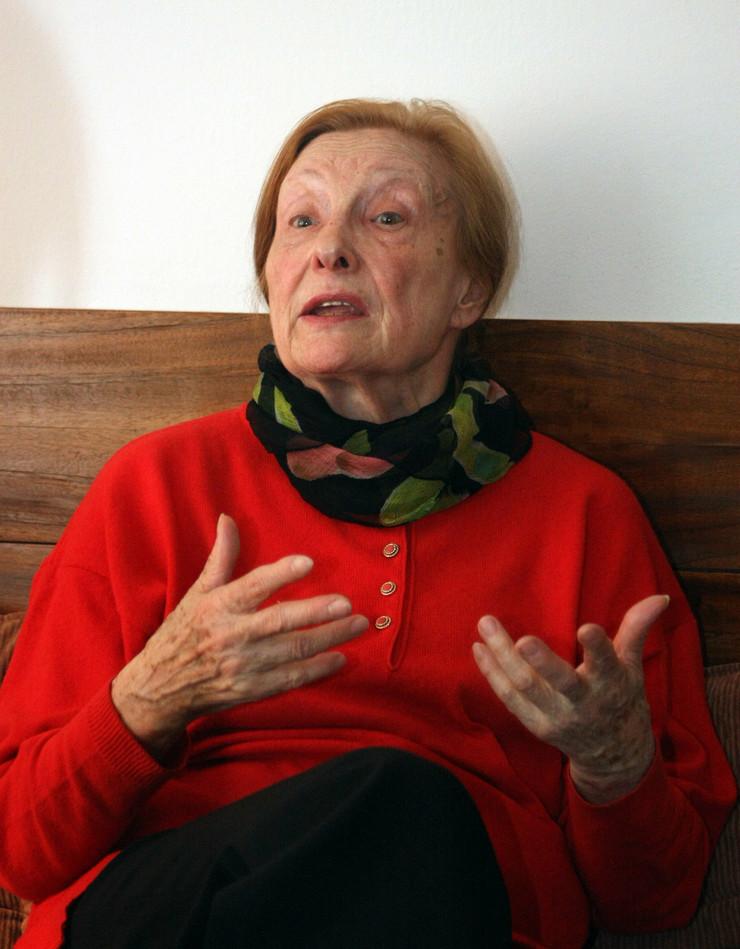 Latinka Perović