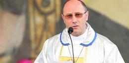 Biskupi pozwalają nie iść na mszę. Spowiedź będzie w dziwnych warunkach