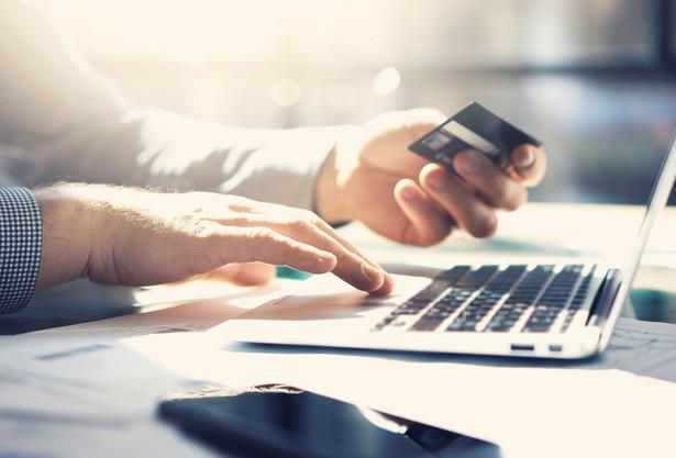 """""""Średni czas niedostępności bankowości elektronicznej wzrósł istotnie w ostatnim czasie"""""""