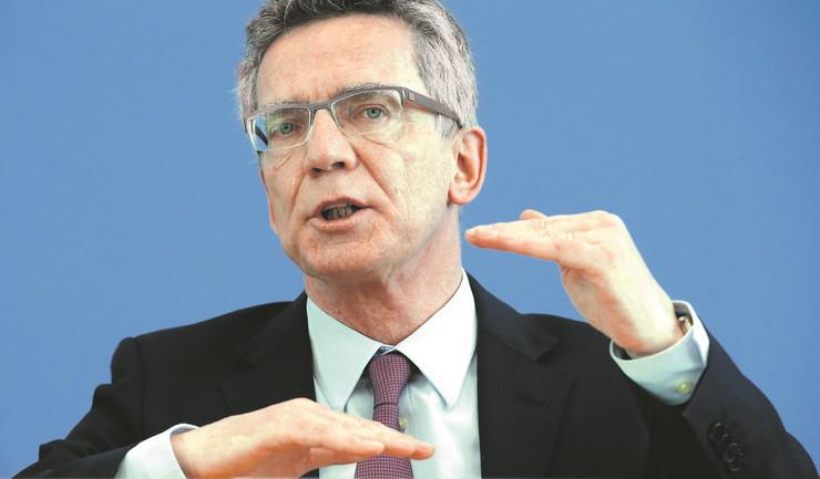 Najveći deo Avganistanaca biće iz Nemačke vraćen kući:Tomas de Mezijer