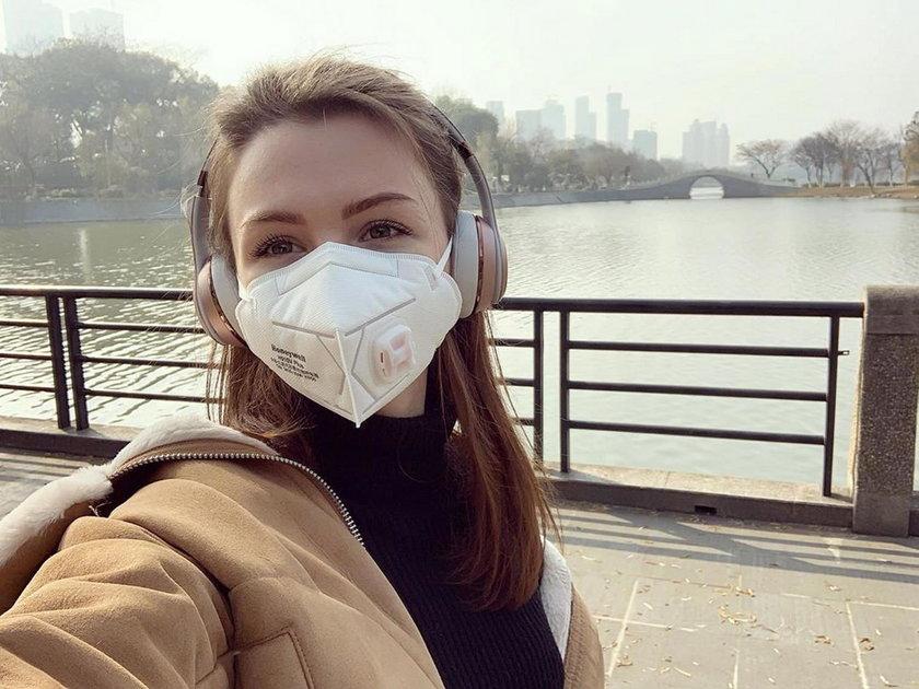 Dramatyczna decyzja Anastazji. Nie mogła opuścić Wuhan bez swojego psa