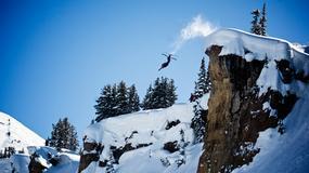 """Poszedł pojeździć na """"dziko"""" na nartach. Spadł ze stromego urwiska"""