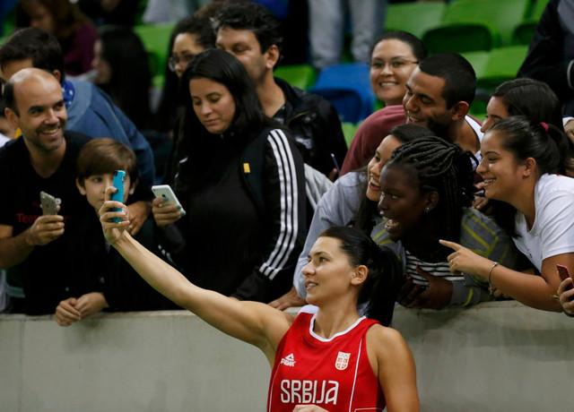 Dajana Butulija i navijači u Riju