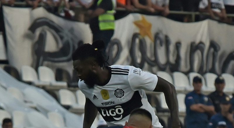 Adebayor makes Olimpia debut after Paraguay move