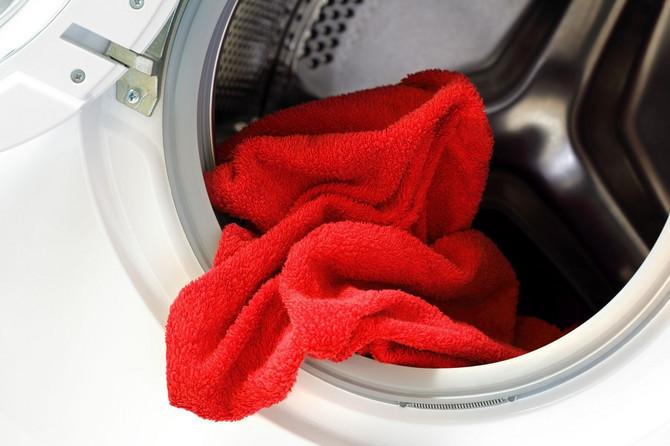 Ovo je greška koju većina ljudi pravi tokom pranja veša