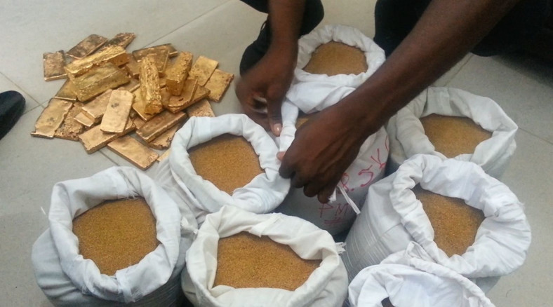 The police say the operation on those behind several fake gold deals in the country is ongoing and more suspects are set to be arrested.